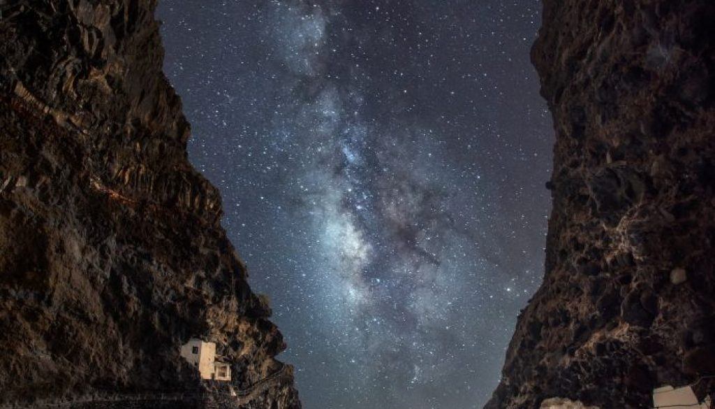 stars-3802391_1920